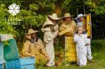 最高品質の「生」はちみつを目指すシェルクシュナス養蜂場